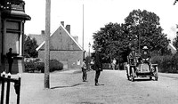 Automobile on Gronause street near Kneed road in Enschede 1911